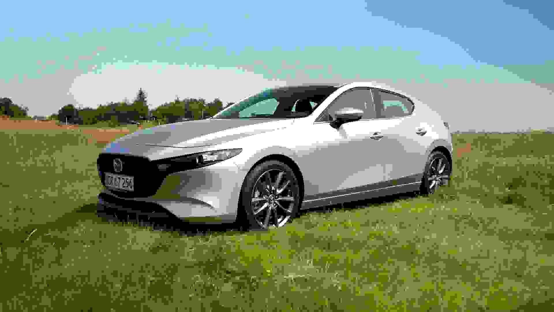 Mazda 3 Forfra2