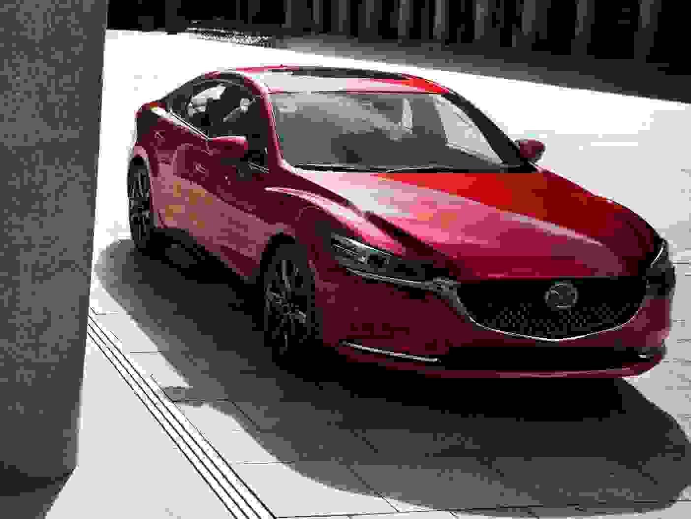 Mazda6 2018 Eksterior Bordeaux Front Forrude Sedan