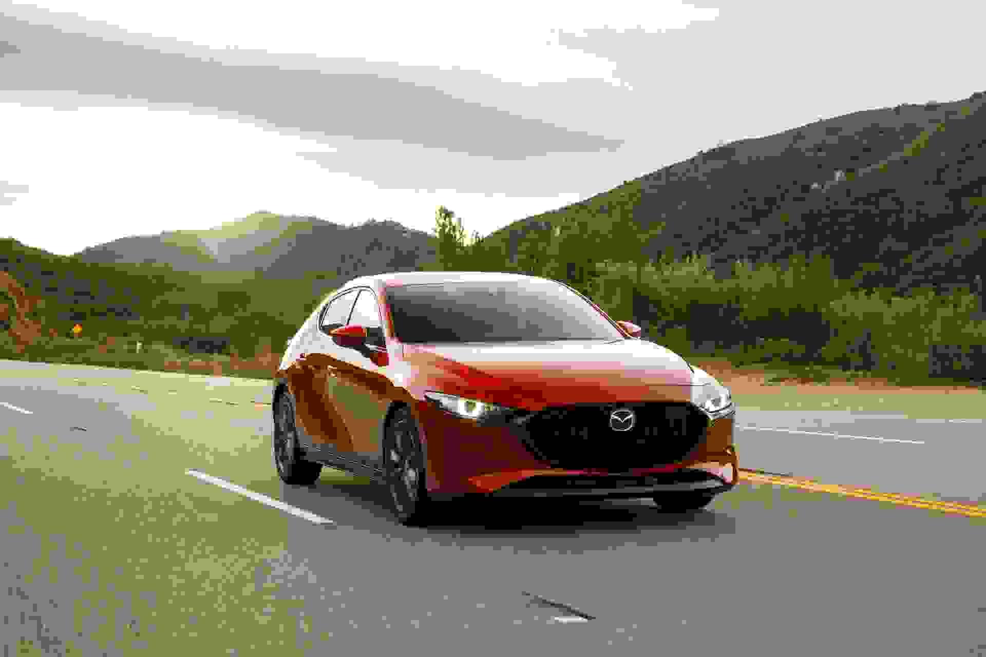 2019 Mazda3 Hatchback 13 (1)