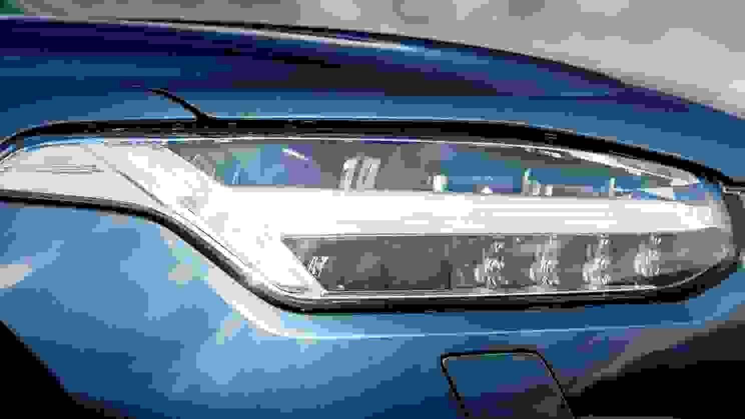 Volvo XC90 2020 1600 90