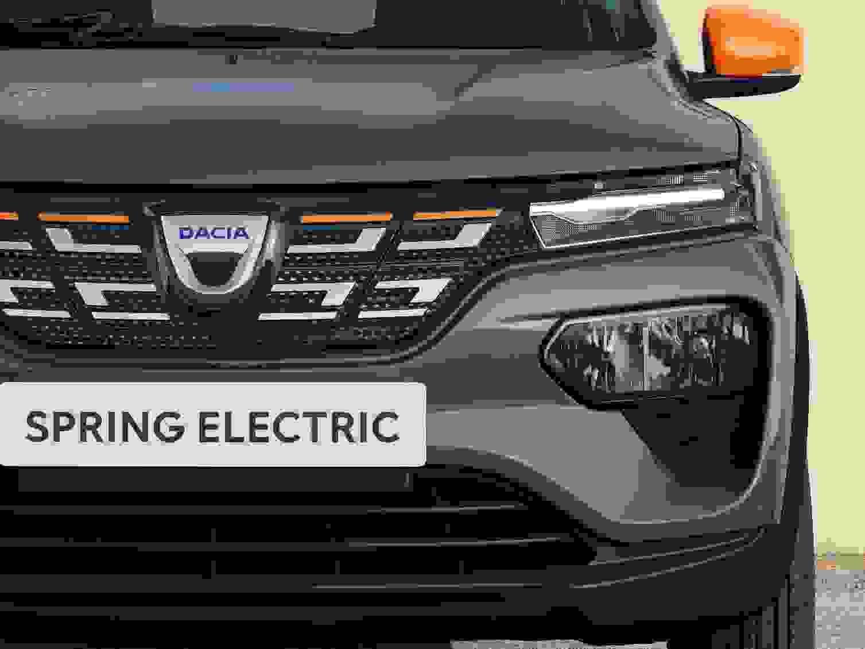 Dacia Spring Electric 2022 1600 46