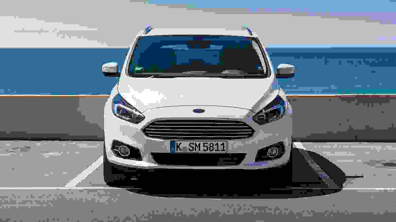Ford S MAX 2015 1600 33