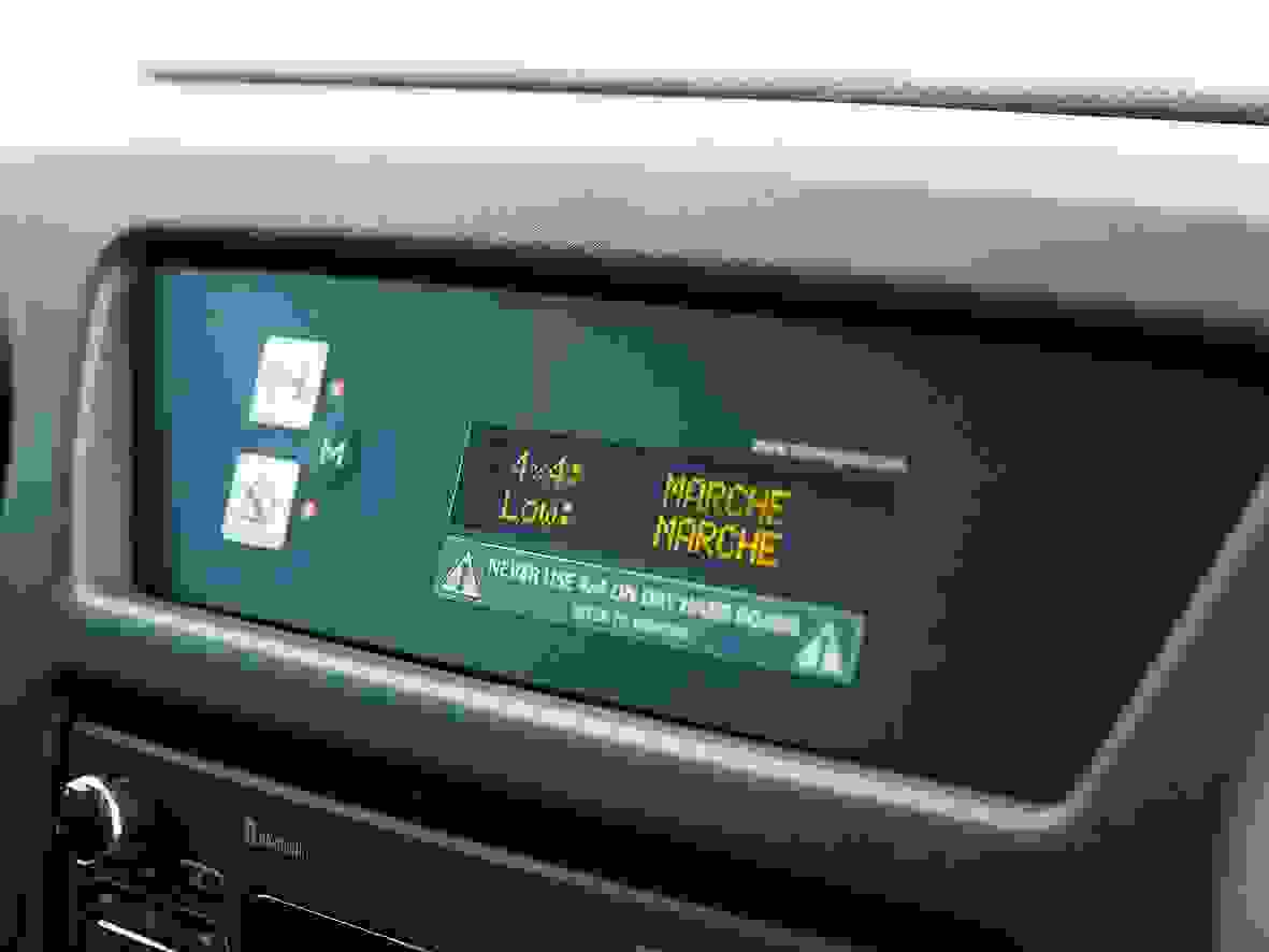Renault Master Van 2019 Interior Elektronik