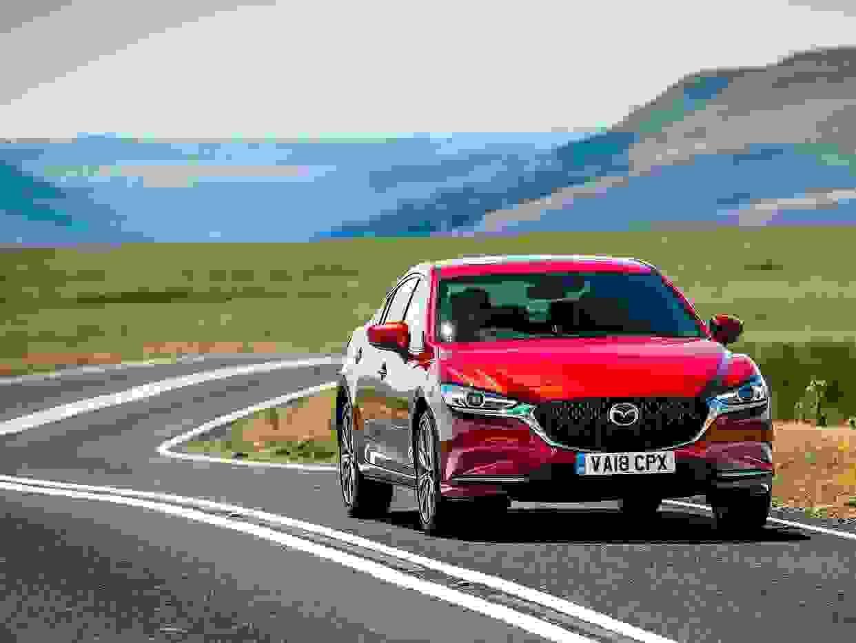 Mazda6 2018 Eksterior Front Sedan Roed