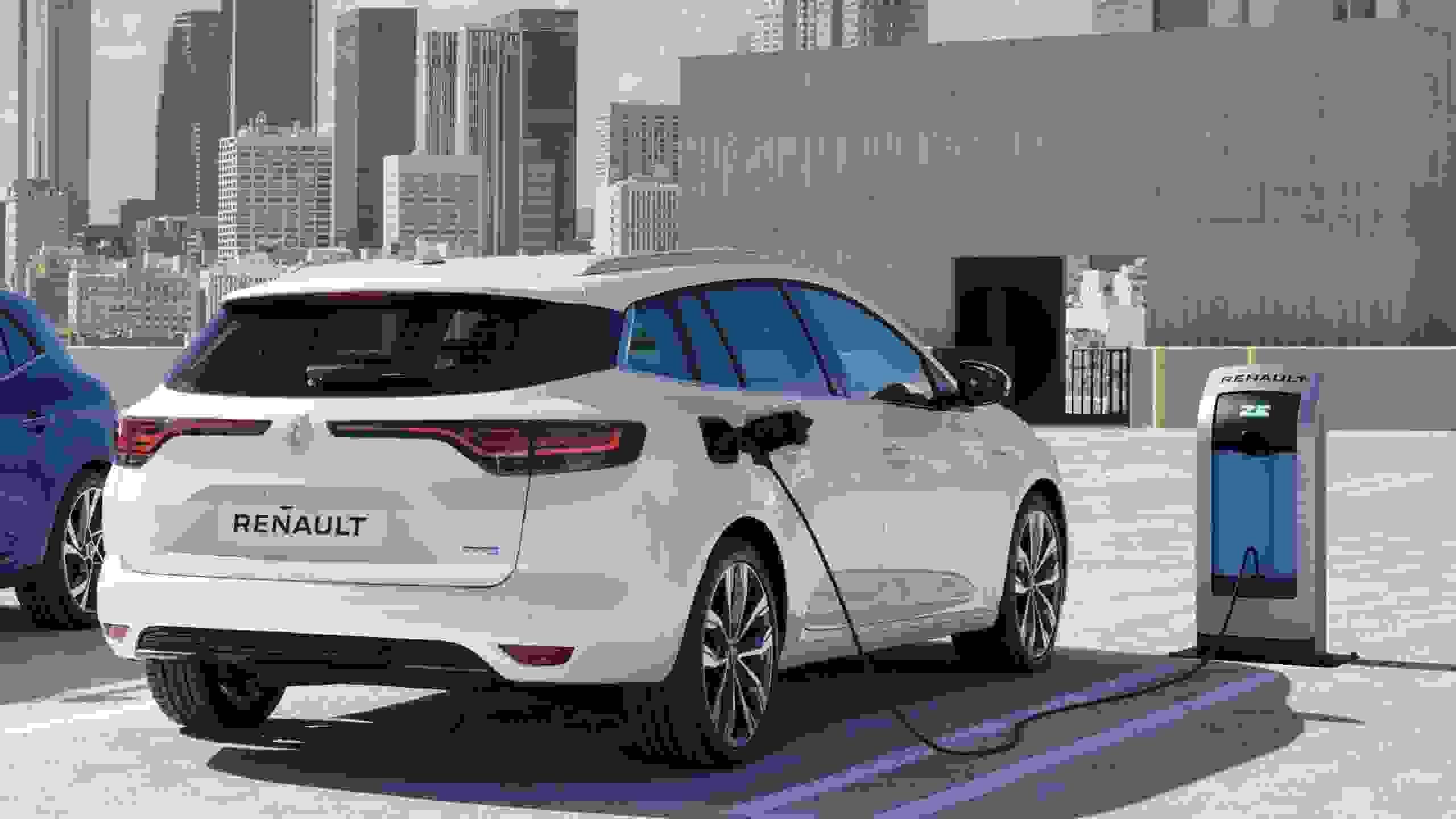 Renault Megane Estate4 Phev Ph2 012 0