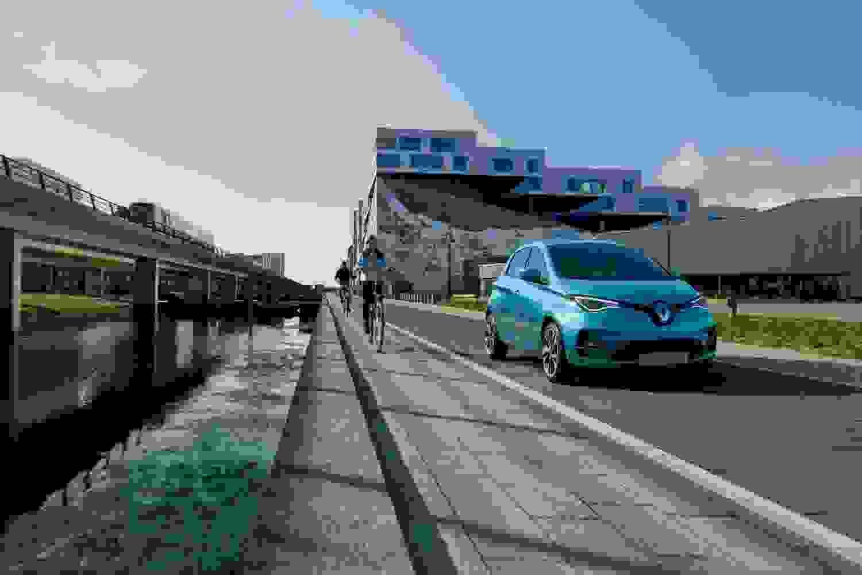 Renault Zoe Header