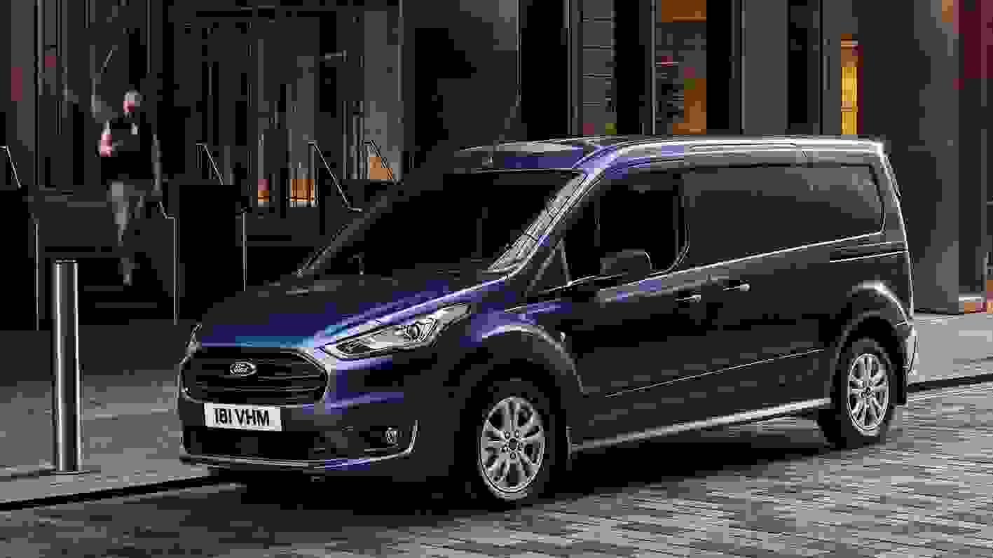 Ford Transit Connect Eksterioer 2019 Moerkeblaa Varebil (2)