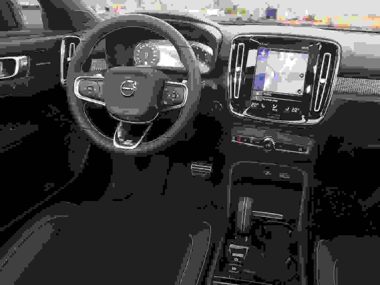 Volvo Xc40 2018 Interior Suv Instrumentbord Midterkonsol Bakkamera Gearskift Rat