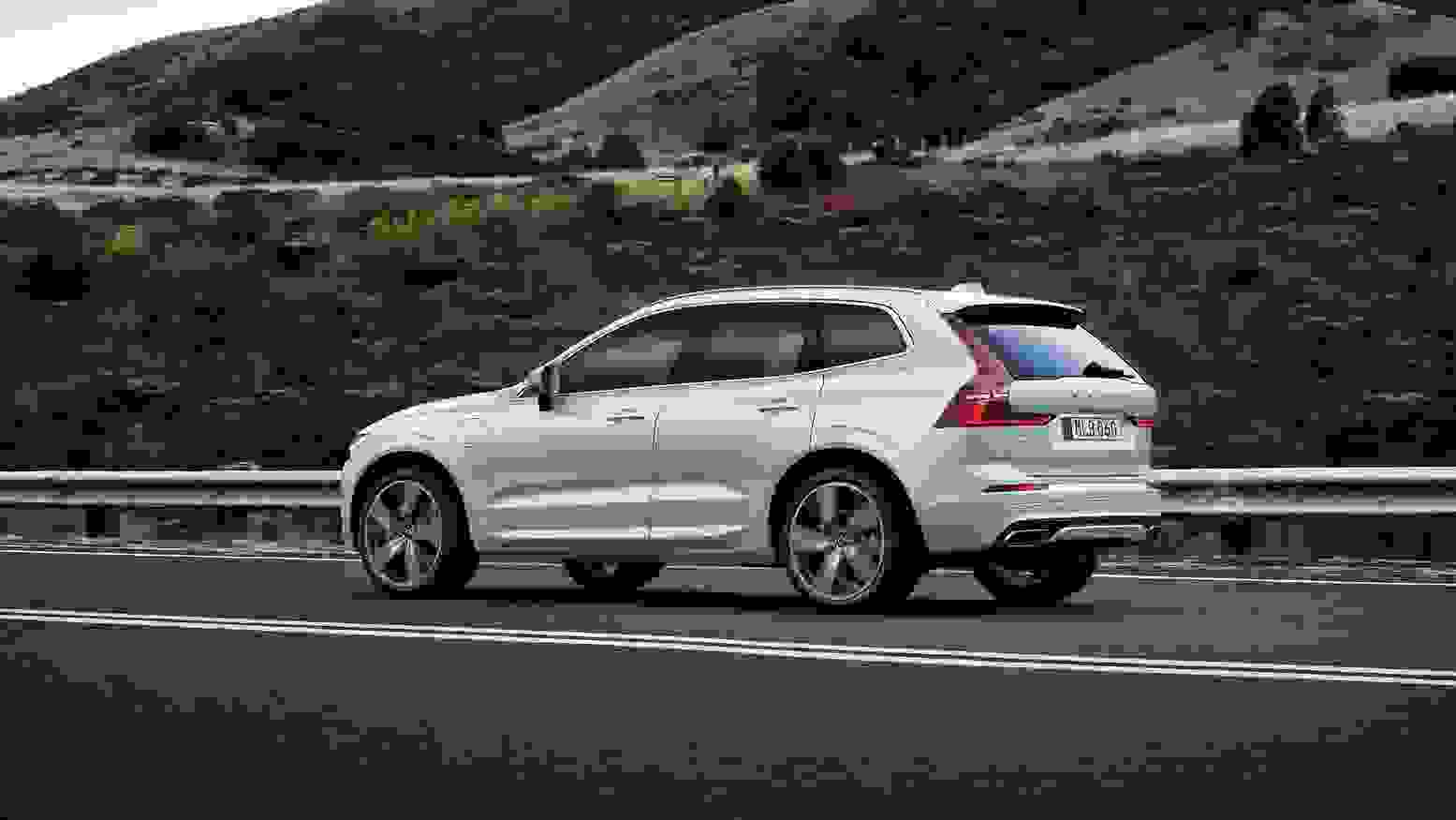 Volvo XC60 2018 1600 46
