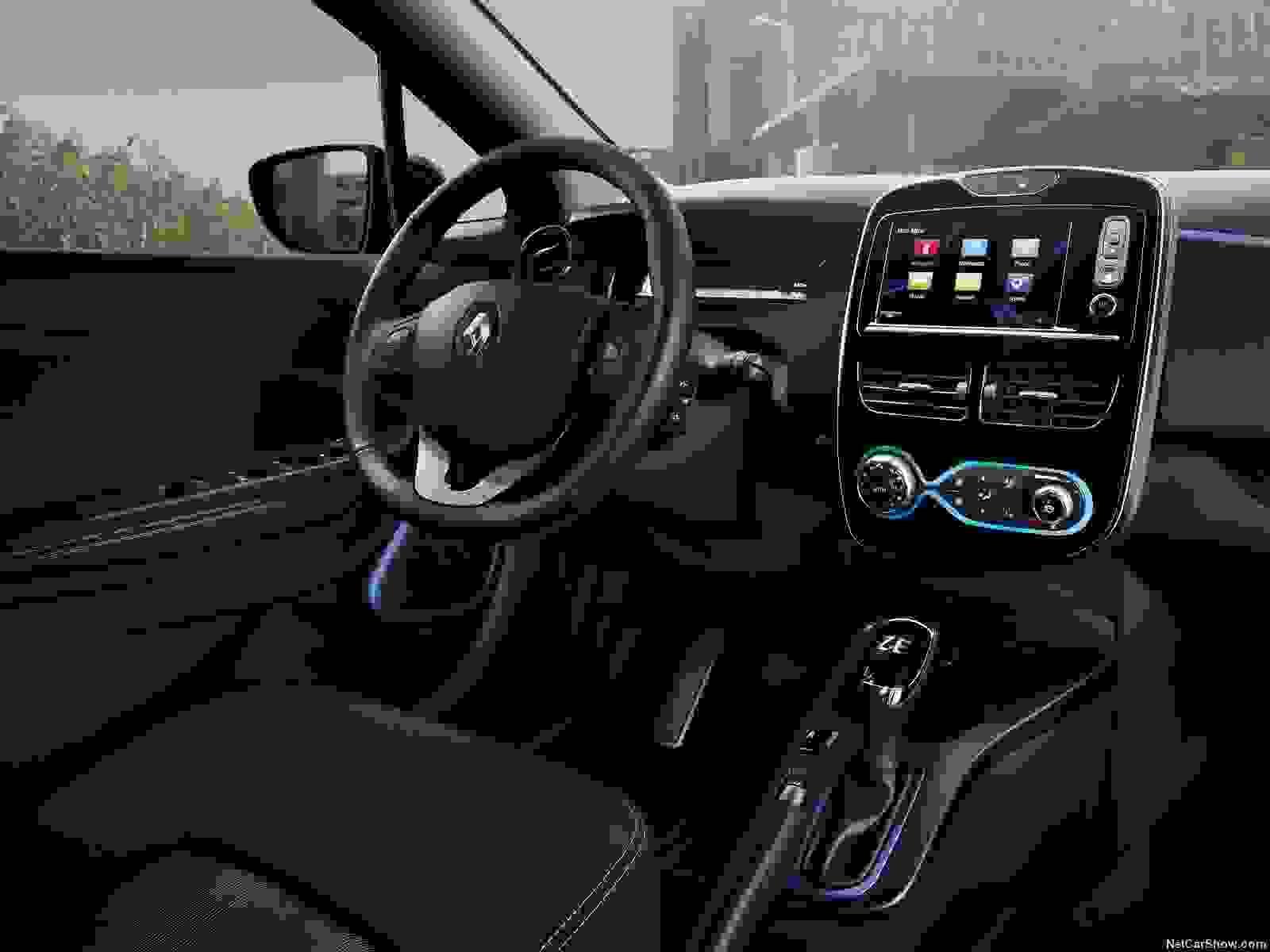 Renault Zoe 2018 Interior Tft Skaerm Rat Overblik God Plads Mikrobil
