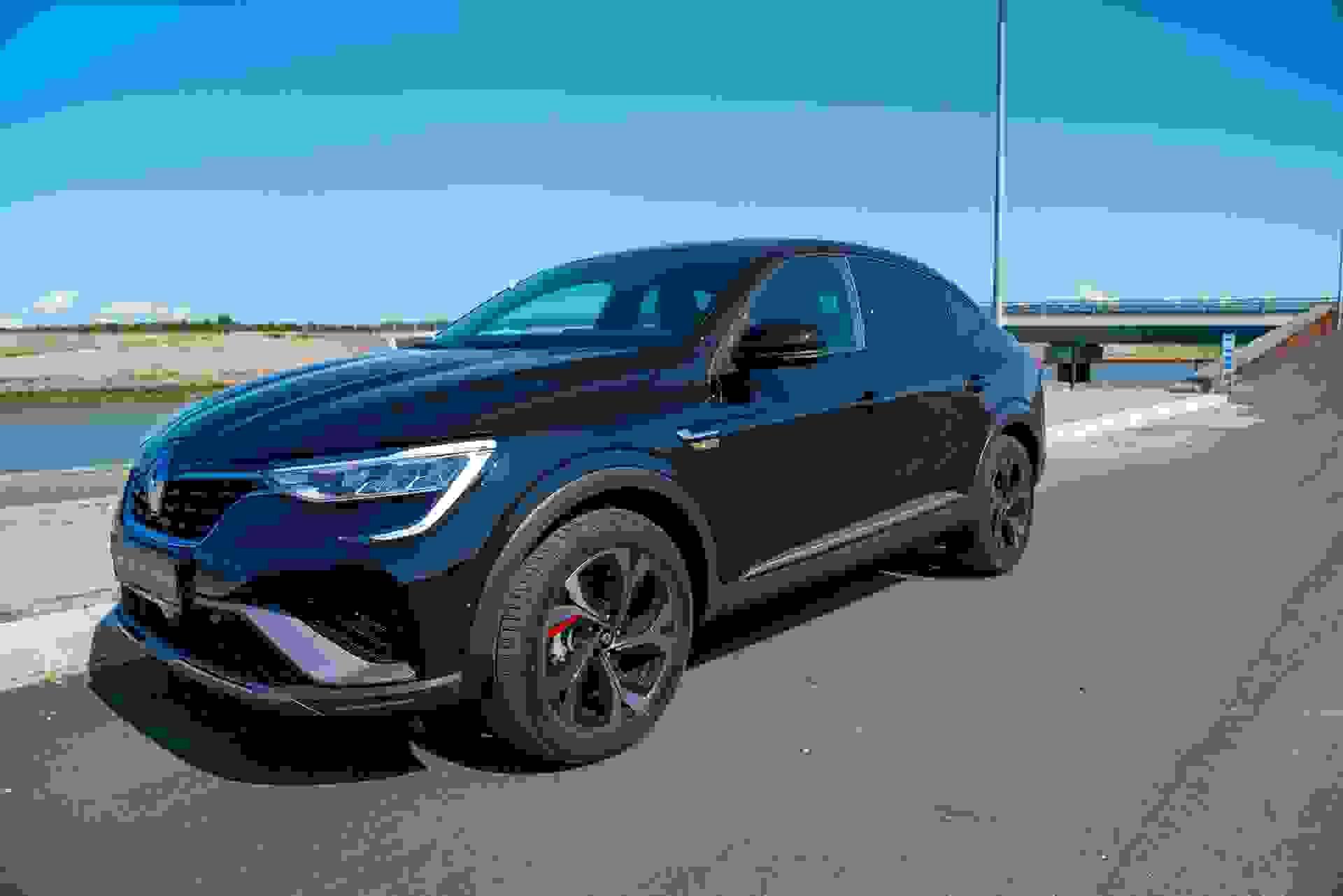 Renault Arkana Forfra Lowres