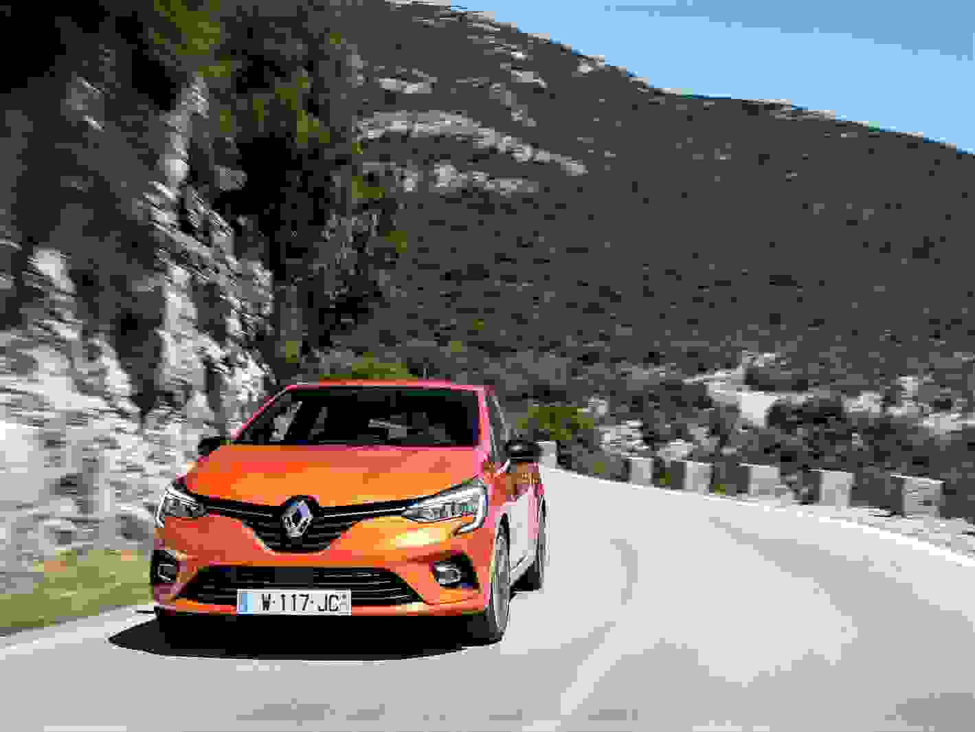 Renault Clio 2020 1600 10