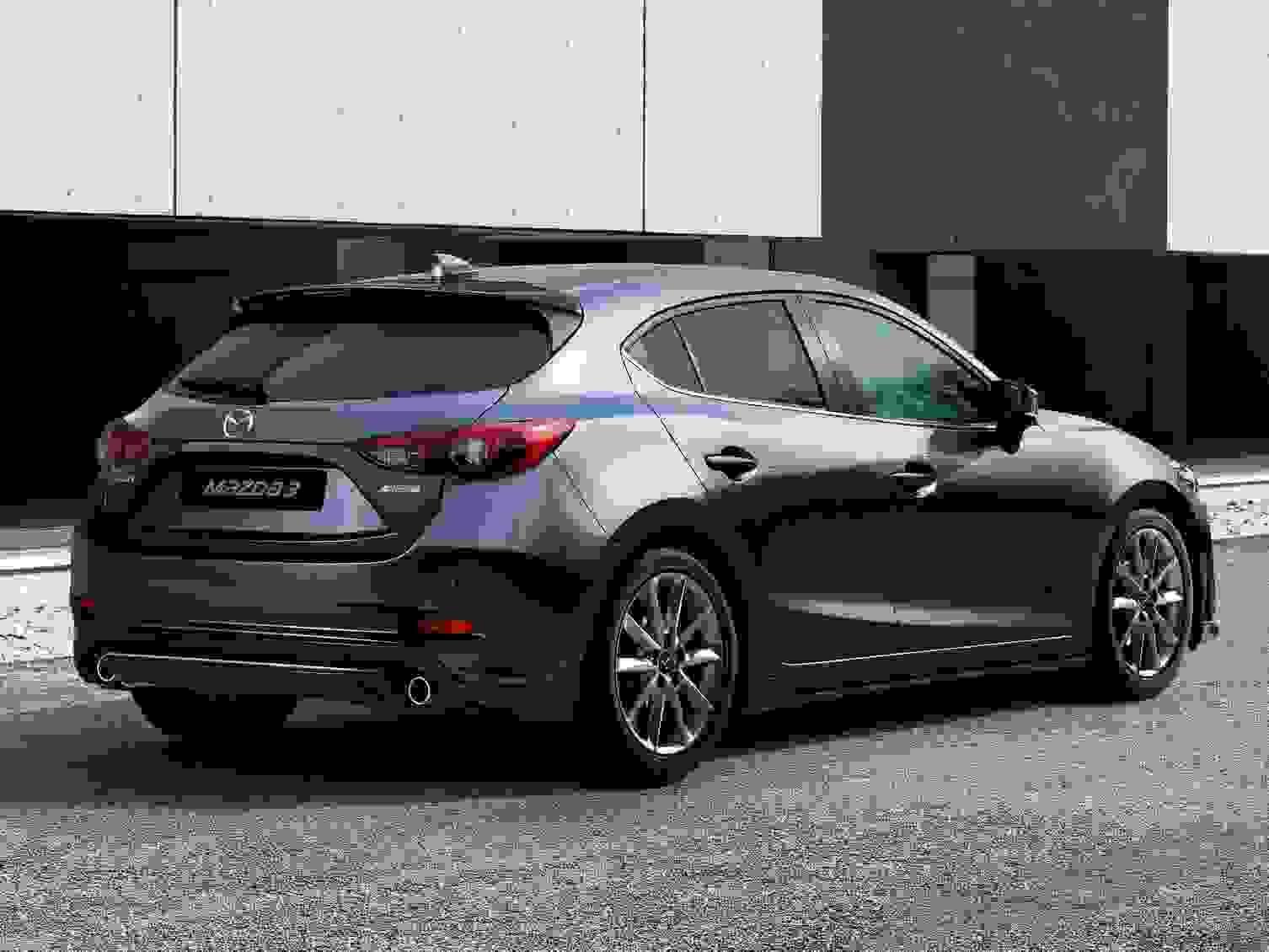 Mazda3 2018 Eksterior Bagklap Baglygter