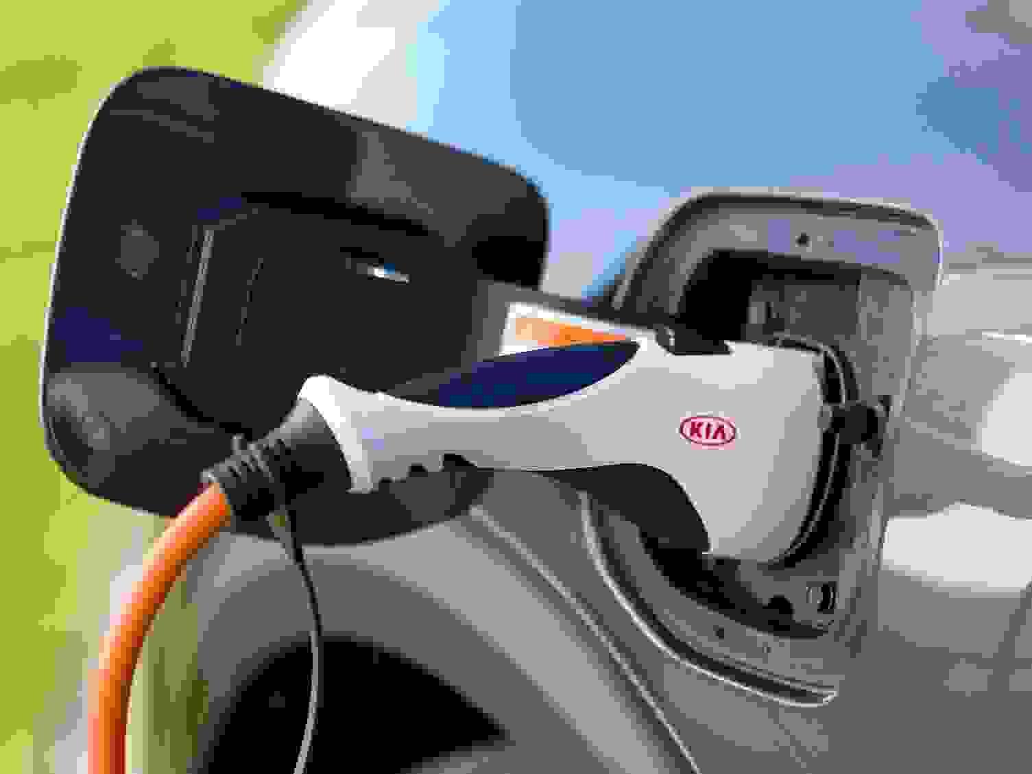 Kia Niro 2018 Eksterior Ladekabel Plug In Hybrid Elektrisk