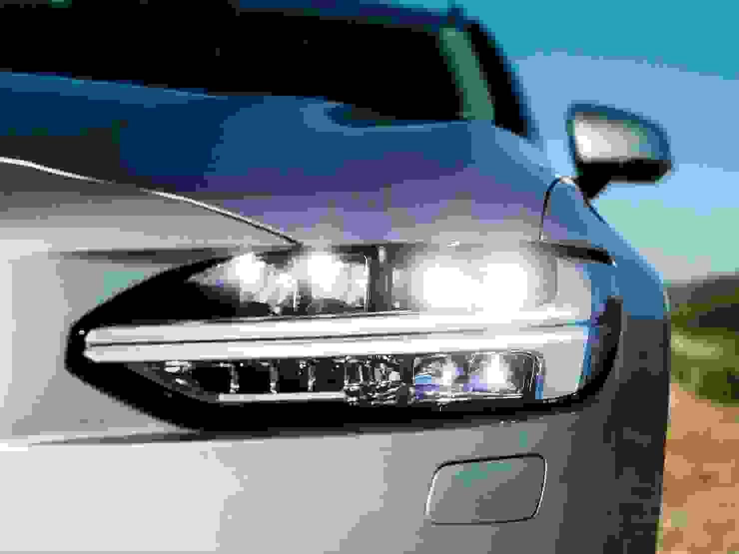 De funklende flotte Thors Hammer-forlygter er endnu et kendetegn på de moderne Volvo-modeller