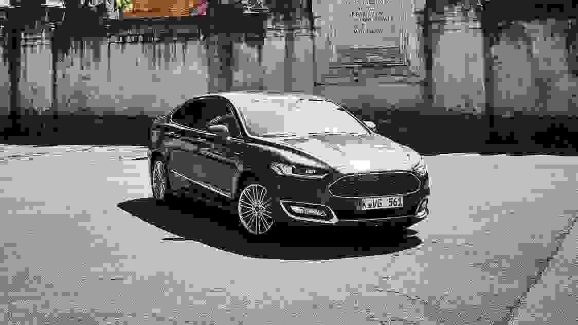Ford Mondeo Vignale 2016 1600 0E