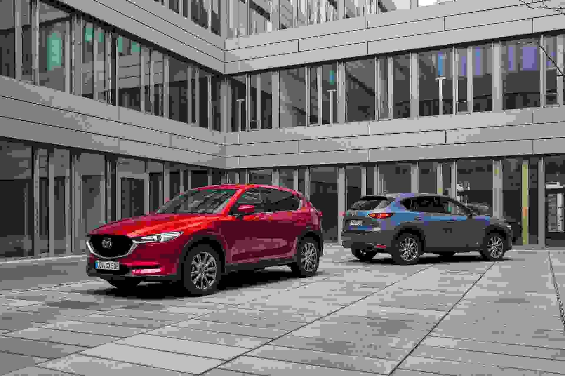 2021 Mazda CX 5 Germany Family Shot #1 Hires